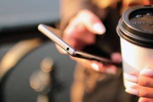 Hands, coffee, smarphone